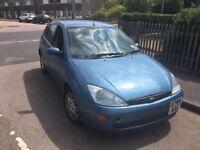 Ford Focus LX TD DI 1753cc Turbo Diesel 5 speed manual 5 door hatchback X Reg 25-10-2000 Blue