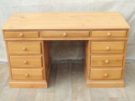 Large Welsh Pine multi drawer pedestal desk (Delivery)