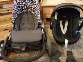 Mamas & papas complete travel set (£150 Ono)