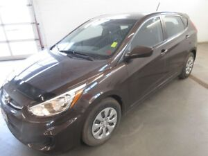 2015 Hyundai Accent GL- BLUETOOTH! HEATED SEATS! ONLY 20K!!