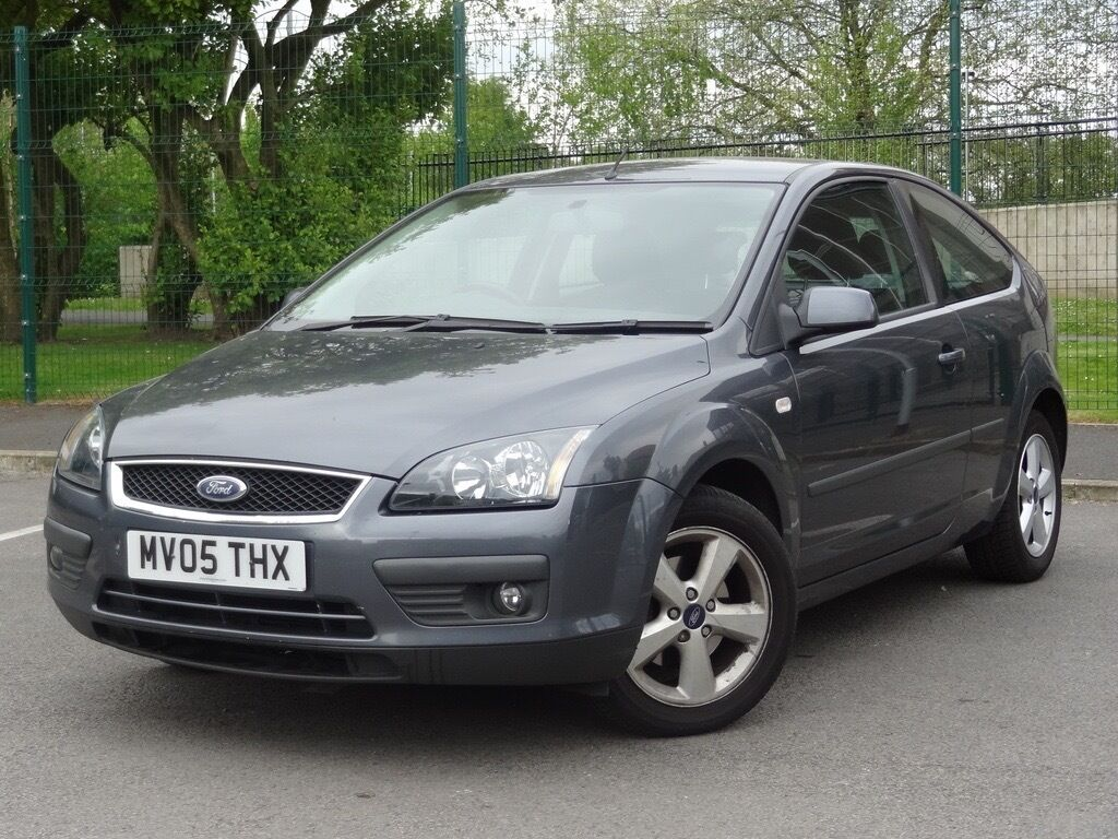 ford focus 1 6 zetec climate 3dr hatchback grey 2005 full. Black Bedroom Furniture Sets. Home Design Ideas
