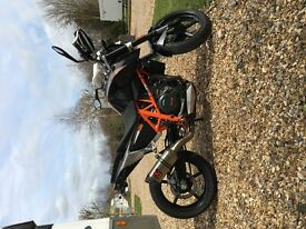 KTM DUKE 690, low mileage, full service history, one owner, 10 months mot.