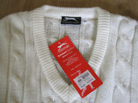 BEAUTIFUL CABLE STITCH SLAZENGER CRICKET JUMPER SIZE XL (NEW WITH TAGS)