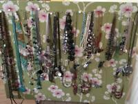 Over 100 quality jewellery items