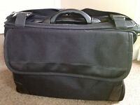 Black pilot's briefcase with 3 well designed compartments detachable strap, very good condition