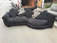BLACK FABRIC CORNER SOFA IN EXCELLENT CONDITION