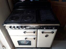 Lovely cream range master cooker