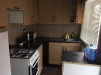 2 Bedroom House to Let £675