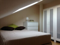 106E-WEST KENSINGTON –STUDIO FLAT, SINGLE PERSON, FURNISHED, BILLS INCLUDED - £210 WEEK