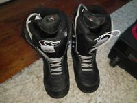 Vans ladies snowboard boots size 8