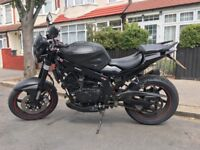 Hyosung GT 250 Comet. 2011 - Full Black.