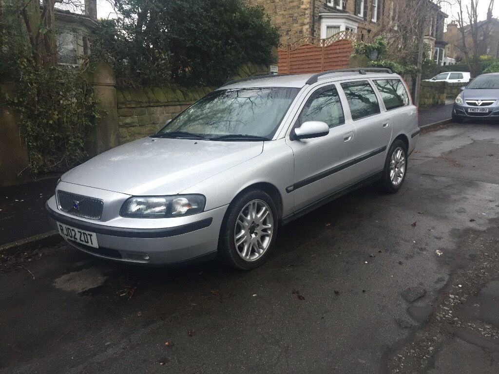volvo v70 d5 s 2002 02 auto 2 4 diesel silver estate in sheffield south yorkshire gumtree. Black Bedroom Furniture Sets. Home Design Ideas