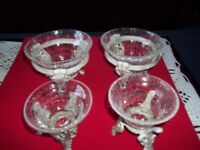 4 X GLASS DISHES ON STAND