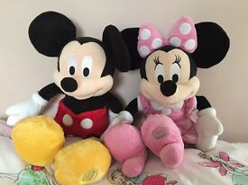 Disney Mickey and Minnie Mouse Soft Toy