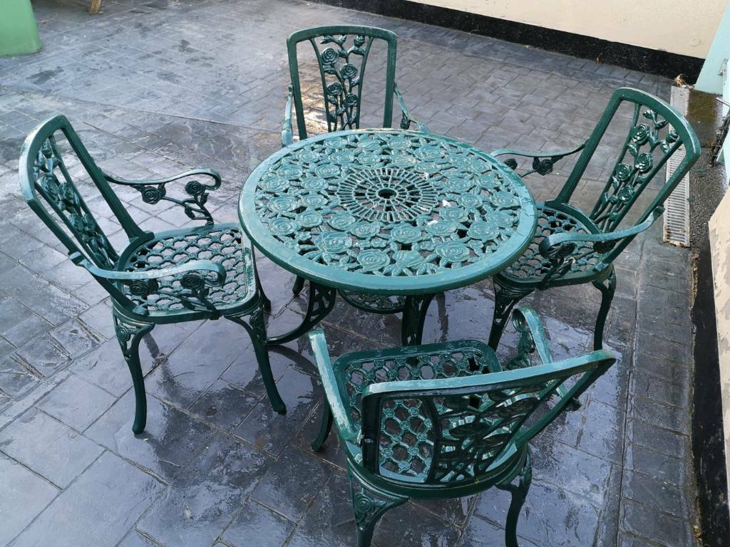 Cast Iron Table And Chairs Garden Furniture In