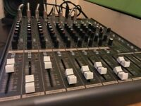 Samson MDR1248 12 Channel 4 Mic/line Mixer With DSP effects