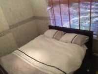 Great sized double room short let's welcome
