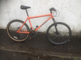 Dialled Bikes Hardtail MTB. Men's mountain bike. Fully serviced, fully safe and ready to go.