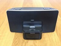 Philips DC220 alarm clock with iPhone/iPod charging dock