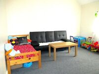 Central Slough Near train-Station First Floor One Bedroom Flat