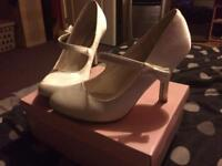 White size 6 wedding shoes