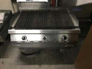 36 garland propane grill ( like new ! ) only $1395 ! Shipping avaiable save $$$