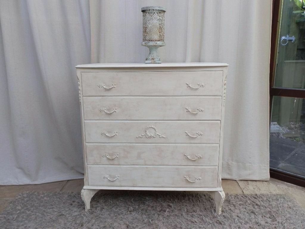 French Style Chest of Drawersin Winterbourne, BristolGumtree - Pretty Vintage French Style Chest of Drawers painted in Annie Sloan Original and distressed with dark wax, Dimensions W 78cm D 48cm H 83cm Free delivery available to Bristol Rogers Furniture Bristol