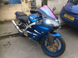 2001 Kawasaki ninja Zx6r low miles well kept