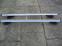 Lockable Roof Bars, for use with Raised Roof Rails, complete with 2 lock keys and Allen key