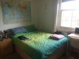 Nice double room in Barnes