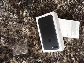 iPhone 7 plus 32gb cracked
