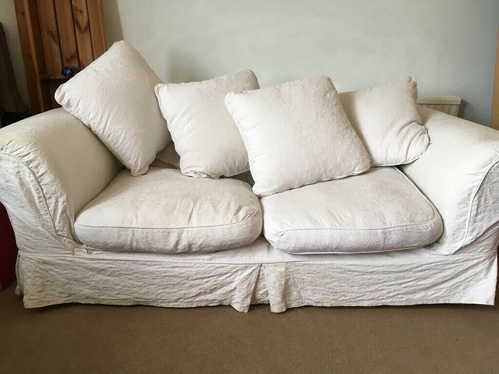Awesome White Sofa Bed 20 Buyer To Collect Roundhill Area In Brighton East Sussex Gumtree Home Interior And Landscaping Ponolsignezvosmurscom