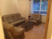 Good Location - 3 Double Bedrooms - Fully Furnished