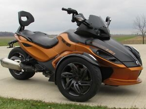 2013 can-am Spyder RS-S SM5   8,500 KMS  Only $39 weekly!  Power London Ontario image 1