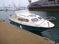 20ft Shelland 570 cabin cruiser boat with 70 hp yamaha outboard on trailer