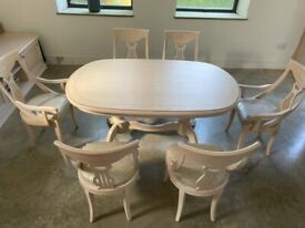 £5k new Camel group Italian Ash Wood Dining Table, Chairs and Sideboard/TV Shelf