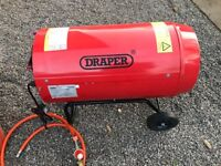Draper Space Heater 35 kw gas as new complete with propane cylinder