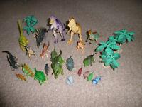 21 piece Children's Plastic toy dinosaur set
