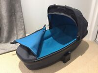 Quinny Buzz Grey and Turquoise carrycot