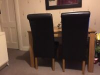 Like New Table & 6 Chairs