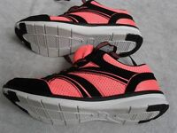 RUNNING EXERCISE TRAINERS, ULTRA LIGHTWEIGHT, BREATHABLE MESH UPPERS, HI VIZ SIZE 6