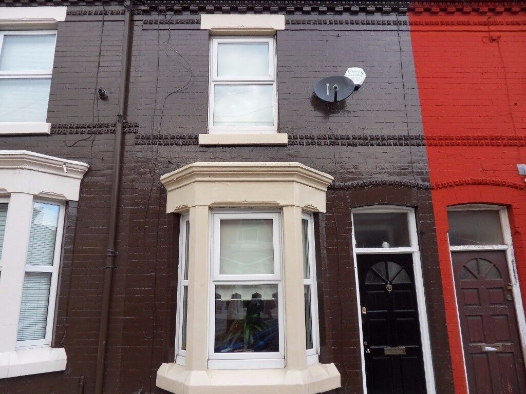NO DEPOSIT... TWO BEDROOM PROPERTY ON HOLBECK STREET L4 ANFIELD, JUST OFF PRIORY ROAD