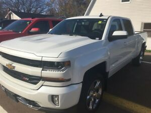 2017 Chevrolet Silverado 1500 LT w/2LT PACKAGE SAVE OVER $11,000