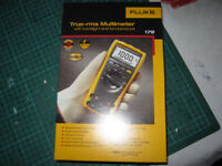 Fluke 179 True-rms multimeter with Backlight & Temperature