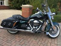 Harley Davidson Road King Classic FLHRC