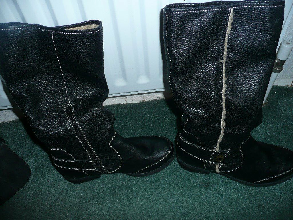 Womens Boots 3 pairsin Old Trafford, ManchesterGumtree - Boots 3 pairs size 6 in good condition Womens Boots 3 pairs Womens Boots 3 pairs