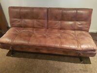 Sofa (like new)