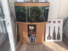 The Juwel Vision 180 Aquarium and Cabinet including a few fish! Will except sensible offers!
