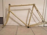 Holdsworth Bicycle frame Reynolds 531, handbuilt. would suit Eroica or fixed gear build?