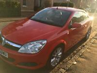 Vauxhall Astra Twin-top Design convertible